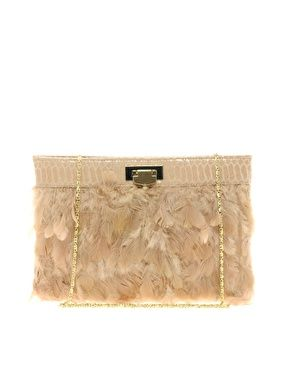 How good is this ASOS Feather Clutch... and the price is fabu too