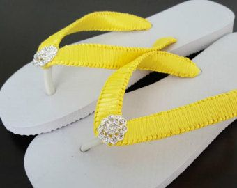 Nupcial amarillo chanclas, Cariris Flip Flops, chanclas de color amarillo limón, ojotas de Dama de honor, fracasos de tirón de la muchacha de flor