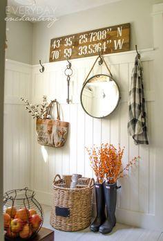 Natural & Simple Fall Home Tour | Natural & simple autumn decor inspiration