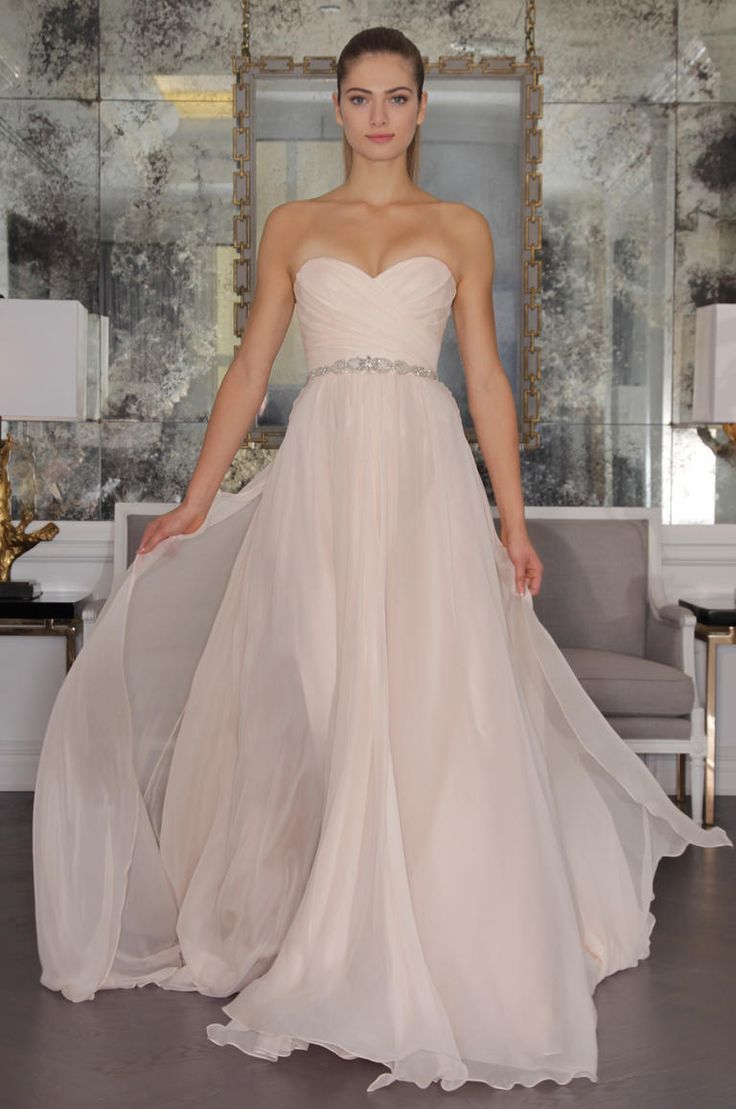 Perfect Modest Long Sleeve Tulle Wedding Dresses Open Back Vintage Lace Pearls Chapel Train