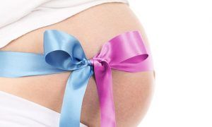 ✅Como funciona o exame de sexagem fetal?    O prazer de poder já chamar o pequenino da barriga pelo nome, escolher as roupinhas adequadas ou até mesmo decorar o quarto de acordo com o sexo do bebê são desejos de quase todos os pais.    Existe um exame realizado a partir da 8o semana que aponta o sexo do bebê com quase 100% de acerto. Esse exame chama-se Sexagem Fetal.    Não é um exame invasivo. É feito pela amostra de sangue da mamãe. Não precisa de jejum e nem de preparação anterior ao…