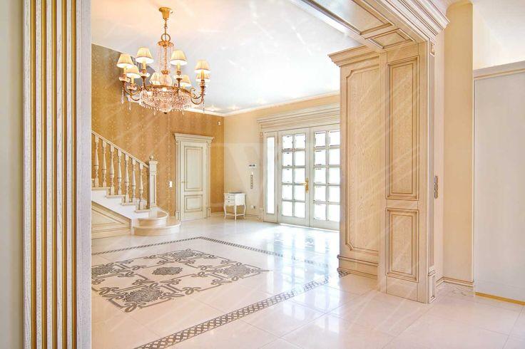 Элитные межкомнатные двери в интерьере дома