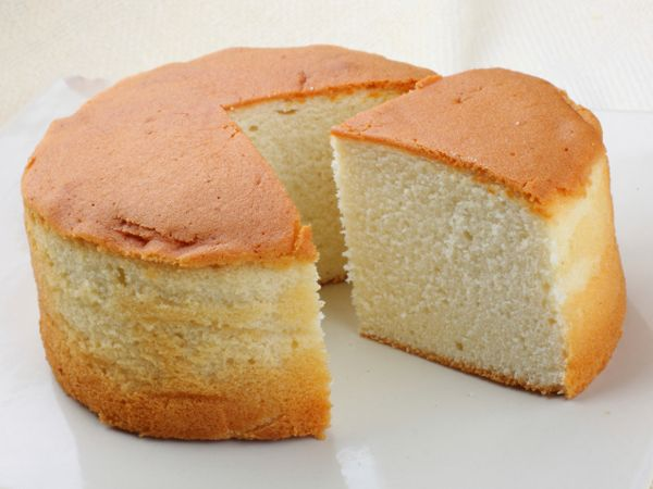 Made without any butter this vanilla sponge cake is a for Easy basic cake recipes from scratch