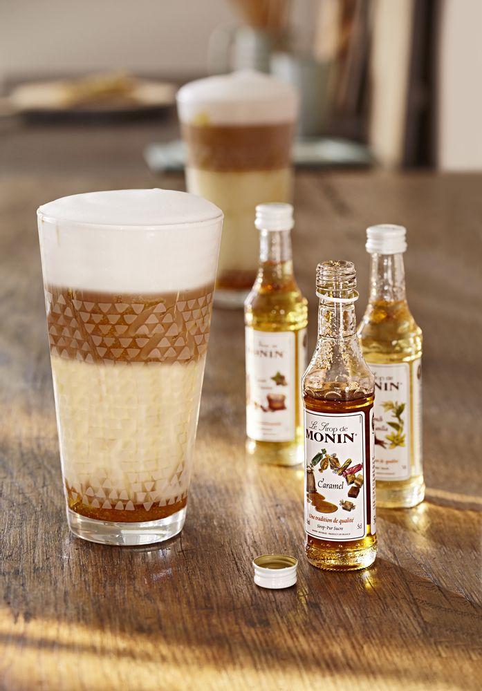 Drei exklusive Sorten Sirup zum Verfeinern jeder Kaffeespezialität. Für 6,99€ bei Tchibo