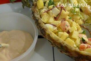 Y para la cena, una rica ensalada de piña ahora que estamos en temporada. http://losniseiros.blogspot.com.es/2012/08/ensalada-de-pina.html ананасовый салат. Ananas-Salat. Pineapple salad. salade d'ananas.