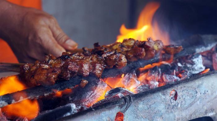 Kuliner Kotagede Jogja - Sate Mbah So Empuk, Enak, Murah, Rp 20 Ribu Dijamin Puas
