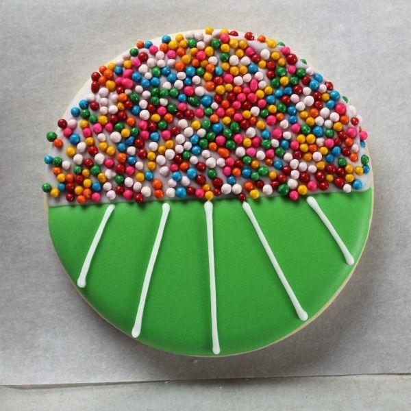 25+ best ideas about Football cookies on Pinterest