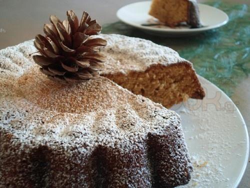 GingerBread Cake... Smells like Christmas!