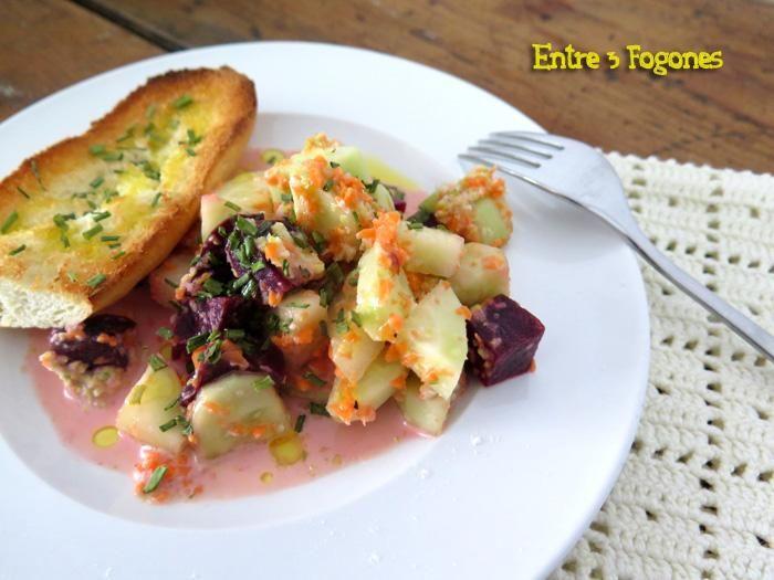 Ensalada de remolacha y pepino con aliño de lechuga al cilantro
