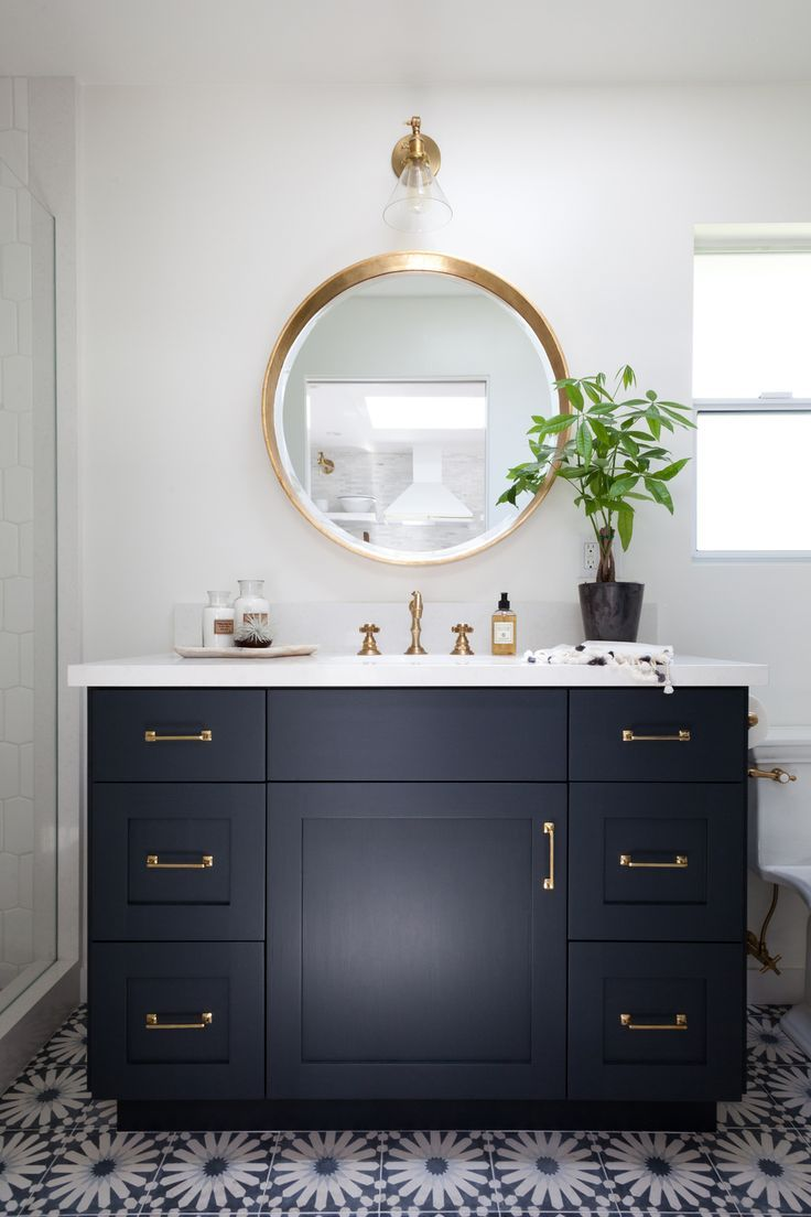 Modern bathroom mirror ideas - Mirror With Interesting Lines Lighting Should Be More Pronounced Possibly