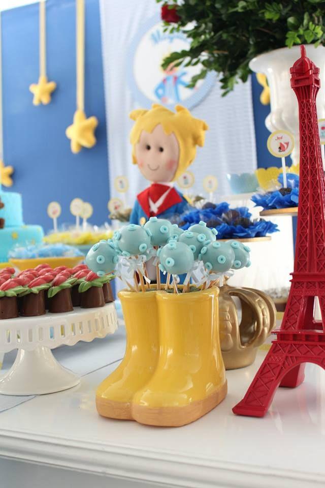 A festa de hoje é mais uma linda festa da Mimos e Design. Quem nos conta tudo da festa é a Beatriz. Depois do Circo Vintage para o 1º aninho do Miguel, agora foi a vez do Pequeno Príncipe para seu 2º aninho! Foi linda a festa… O Miguel é quase o próprio Pequeno Príncipe […]