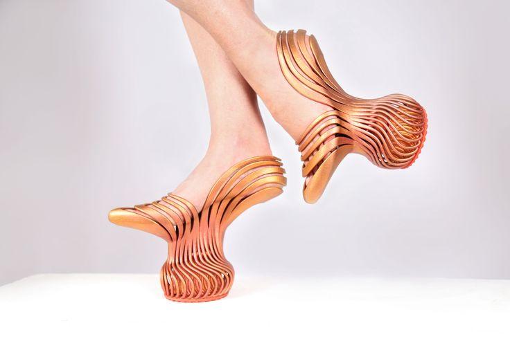 Neta-Soreq-shoes-I.jpg 5,472×3,648 ピクセル