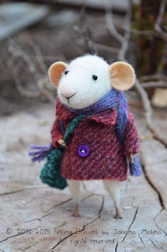 Little Traveler Mouse  Felting Dreams  READY TO by feltingdreams| johana Molina Felting Dreams Etsy |
