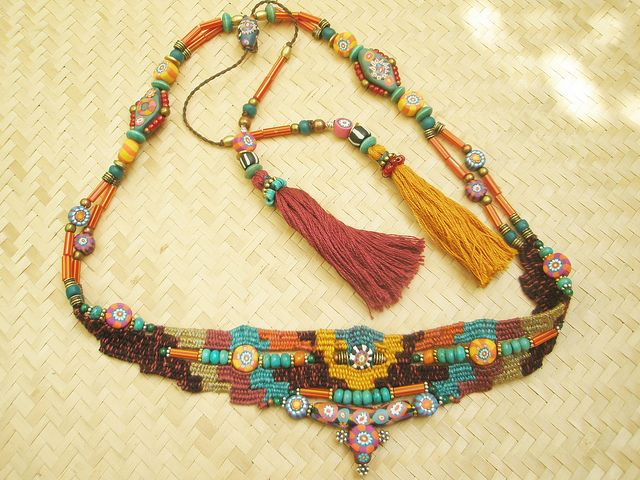 weaving with needle necklace