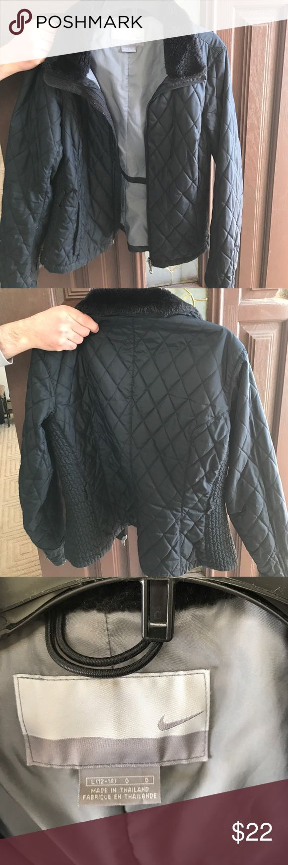 Nike  women's large coat! Size large black zipper quilted Nike coat- size large (12-14) with faux trim collar! Great buy Nike Jackets & Coats