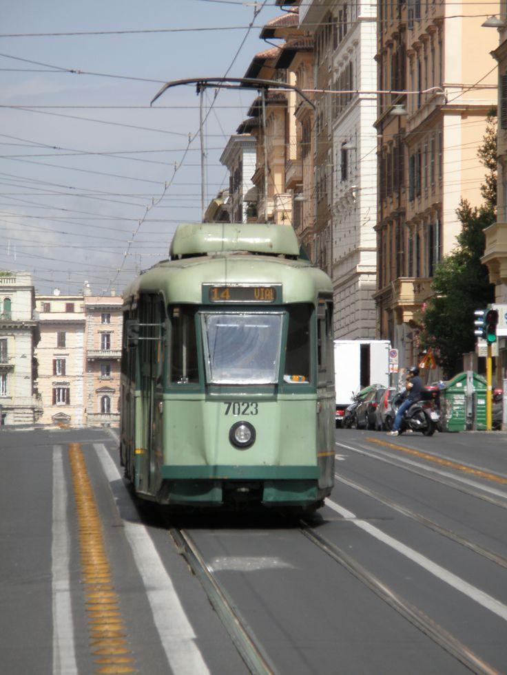 Rome tram