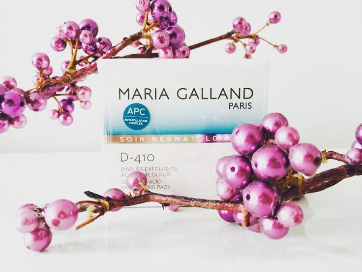 Maria Galland - D-410 Disques Exfoliants Acide Glycolique.Die intensiv klärenden Pads optimieren und glätten das Erscheinungsbild der Haut. Jetzt in unserem Bestkosmetik Onlineshop.  http://www.best-kosmetik.de/marken/maria-galland/soin-dermatologique/reinigung-peeling/d-410-disques-exfoliants-acide-glycolique.html