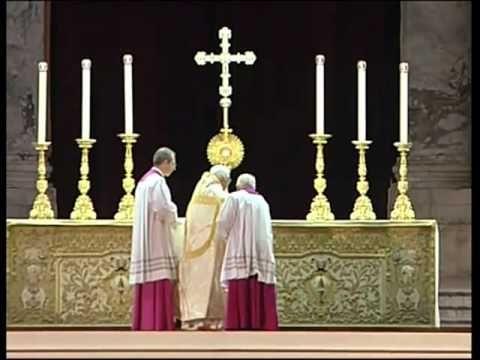 Tantum Ergo Sacramentum; with Pope Benedict XVI