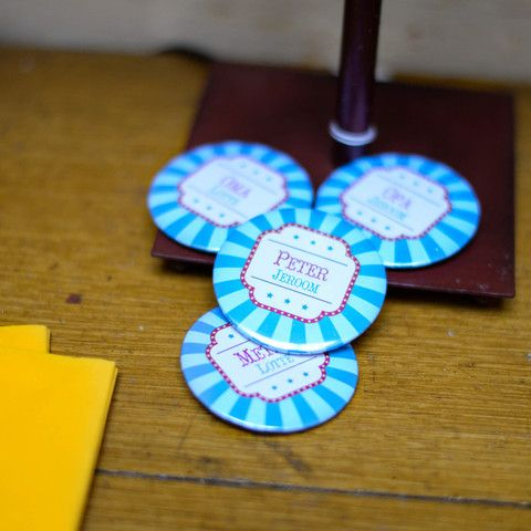 Badges | Carrousel Blauw #kinderfeestje #babyborrel #badges #Beaublue