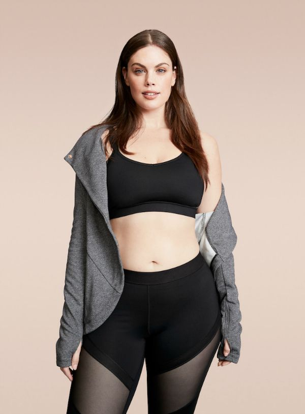 8 Brands Upgrading Your Plus Size Activewear #Gymflow for 2017! http://thecurvyfashionista.com/2017/01/7-plus-size-activewear-brands/   Who says plus size workout clothes are boring? Looking for a few places to shop for really cute plus size activewear? Well we have rounded up a few brands AND plus size brands that have fashionable and functional plus size activewear collections!