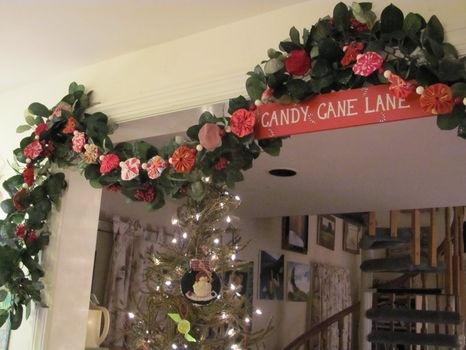 Christmas garland made with fabric yo yos