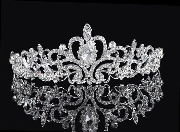 ZAQY Shining Beaded Crystals Wedding Crowns Bridal Crystal Tiara Rhinestone Crown Headband Hair Accessories Party Wedding Princess Tiara Online with $8.38/Piece on Weddingmall1989's Store | DHgate.com