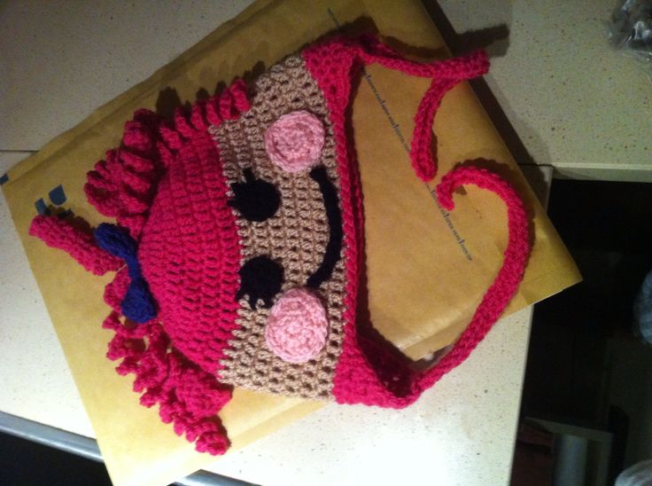 Lala lupsy crochet hat
