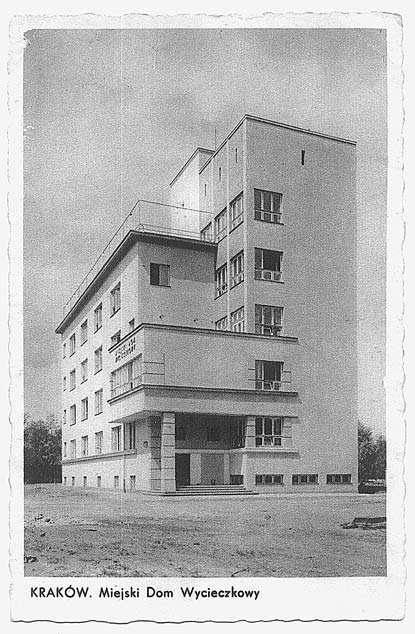 #Kraków, Miejski Dom Wycieczkowy przy ulicy Oleandry (arch. Edward Kreisler, 1930-1932), widok dzienny, #modernizm