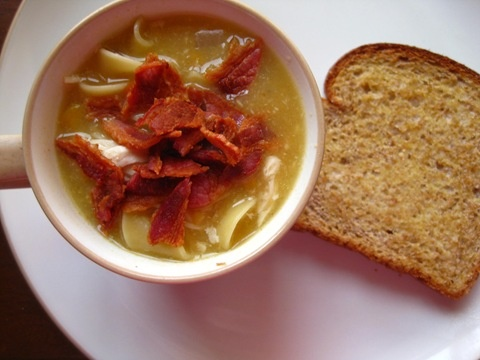 Creamy Corn and Chicken Soup: Chicken Soups, Creamy Corn, Bacon Soups, Corn Chowders, Corn Soups, Soups Recipes, Crockpot Corn, Chicken Crockpot, Creamy Chicken