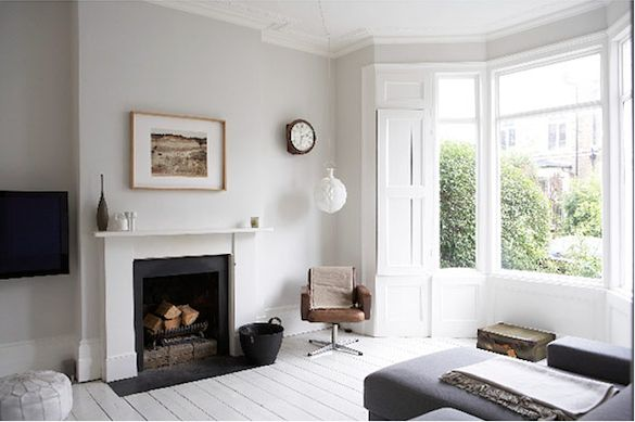 london_white_living_room-fireplace