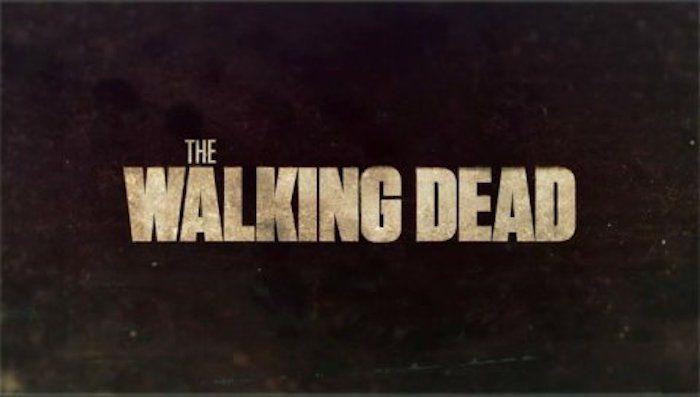 Une fan de la série Walking Dead mord un des acteurs! Check more at http://people.webissimo.biz/une-fan-de-la-serie-walking-dead-mord-un-des-acteurs/