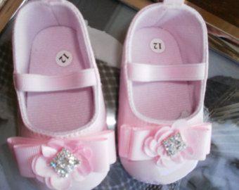 Zapatos de cuna de bebé, zapatos de bebé rosa, zapatos de la muchacha, zapatos, zapatos de boda, regalo, elegante, cumpleaños zapatos, Girlie zapatos de lujo
