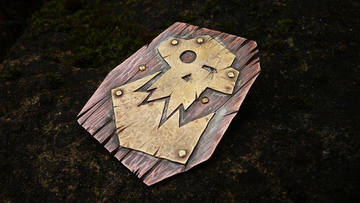 Hand forged Warhammer Orks emblem brooch. Copper and brass.