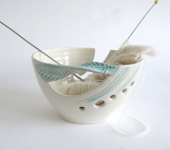 White Ceramic Yarn Bowl Knitting bowl, Off-white Crochet Bowl Modern home and living mint green twisted leaf, knitter gift Yarn supplies  MADE TO