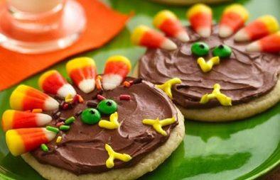 here turkey turkey: Turkey Cookies, Thanksgiving Turkey, Thanksgiving Cookies, Sugar Cookies, Idea, Cookies Treats, Candy Corn, Thanksgiving Treats, Kid