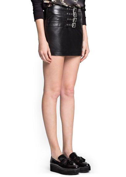 Buckle leather miniskirt | Mango