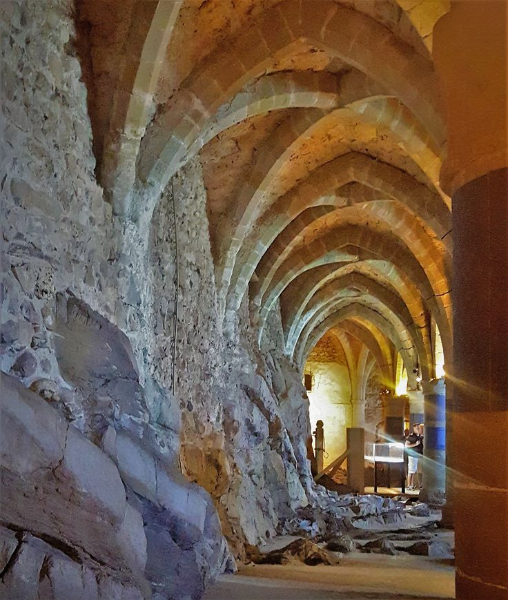Behold - a famous prisoner spent his life down in this dungeon at castle Chillon, switzerland.