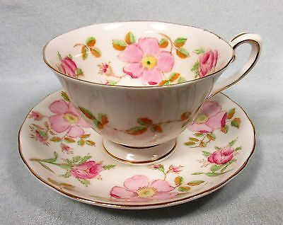 PRETTY VINTAGE TUSCAN BONE CHINA FOOTED TEACUP & SAUCER PINK FLOWERS