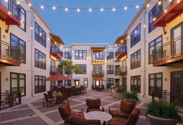 Gables Street Commons Austin Tx Makes Apartment Life Look