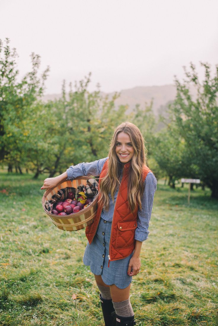 Gal Meets Glam Apple Picking In Vermont - J.Crew vest, J.Crew shirt, Tuckernuck skirt, Hunter boots & cable knit socks