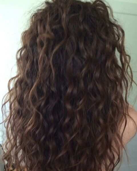 1000 Ideas About Long Curly Haircuts On Pinterest Long