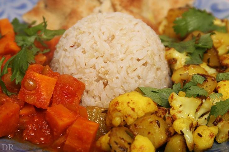Plantaardigheidjes: Gekruide Indiase bloemkool en aardappeltjes