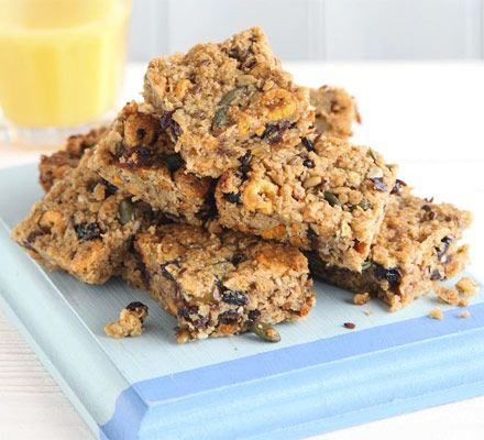 Breakfast bar. This fruity, chewy flapjack is packed with delicious oats and cereal - kids can help make them and they're perfect for lunchboxes