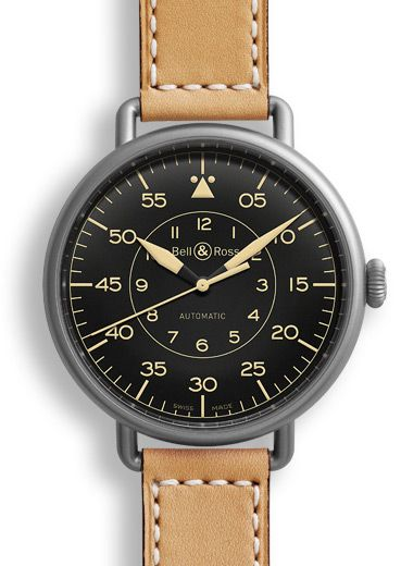 The Vintage WW1 (Wrist Watch 1) pays tribute to the first wristwatches worn by pilots in the 1920s. It features distinctive large fob-watch type diameter, wire lugs welded to the sides of the watch  and a thin elegant yet strong leather strap.