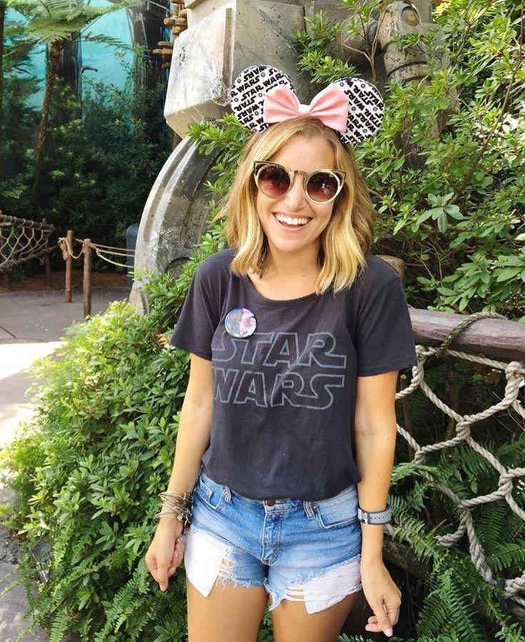 Star Wars + denim + pink // @Thepixietraveler