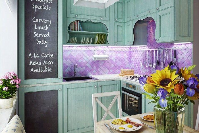 Основная задача при обустройстве этой кухни – организовать комфортное и красивое пространство для семьи из четырех человек в условиях небольшой жилой площади. При этом планировка кухни остается без изменений.