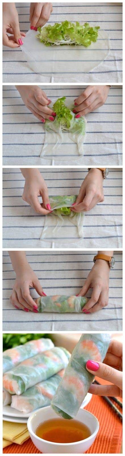 Spring rolls met zalm, avocado & ei