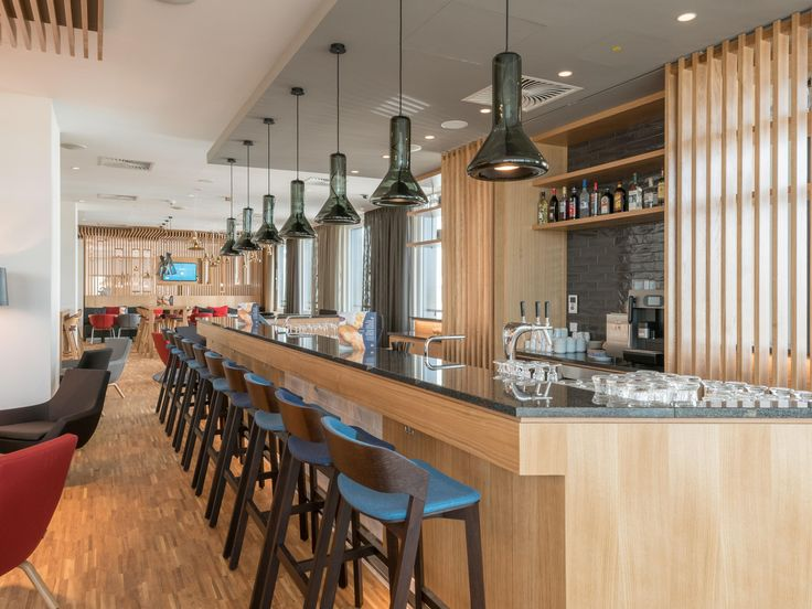 Bar in neuem Hotel - Photo: Michael Schultes Photography