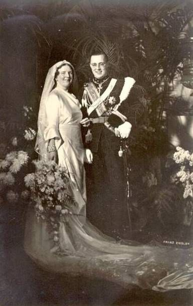 Wedding photo of Princess Juliana of the Netherlands and Prince Bernhard of…