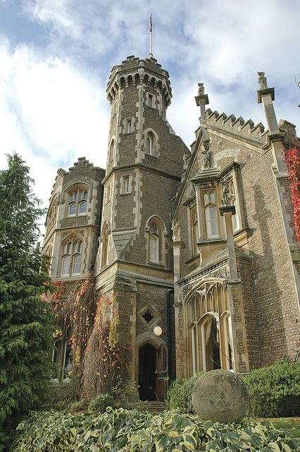 Oakley Court, often used as a film location, in Berkshire, England (by jasoncrosier).